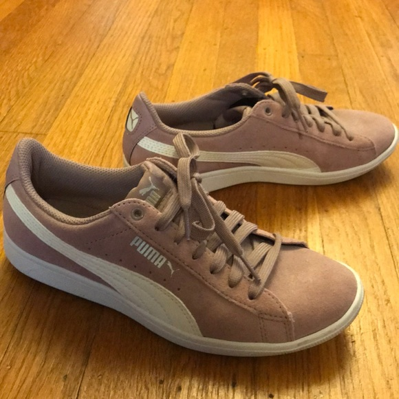 PUMA Ladies/' Women/'s Vikky Suede Shoes Fashion Casual Sneakers Purple Elderberry
